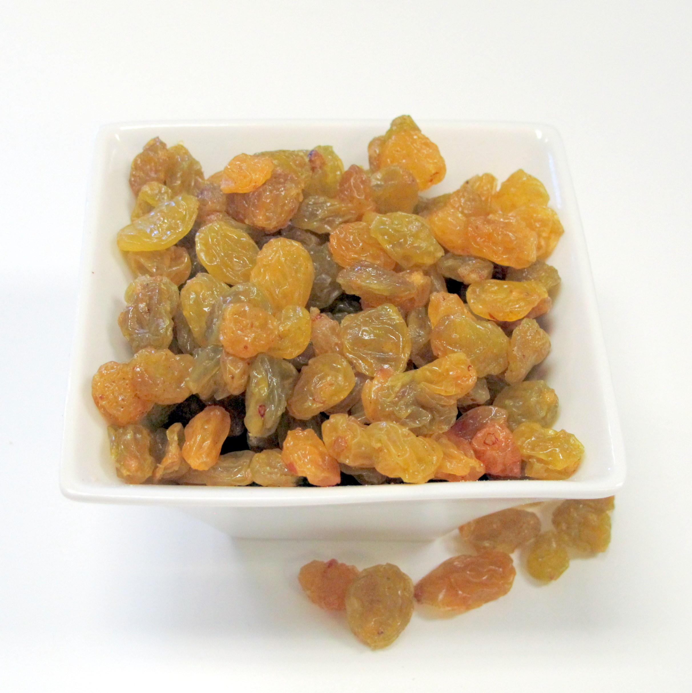 Dried fruit in bulk at fredlyn nut company - Dried fruit business ...